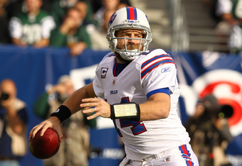 EAST RUTHERFORD, NJ - NOVEMBER 27:  Ryan Fitzpatrick #14 of the Buffalo Bills in action against the New York Jets during their game on November 27, 2011 at  MetLife Stadium in East Rutherford, New Jersey.  (Photo by Al Bello/Getty Images)
