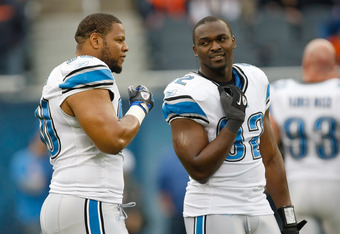 CHICAGO, IL - NOVEMBER 13: Cliff Avril #92 of the Detroit Lions talks with Ndamukong Suh #90 in pre game prior to the game against the Chicago Bears at Soldier Field on November 13, 2011 in Chicago, Illinois. (Photo by Scott Boehm/Getty Images)