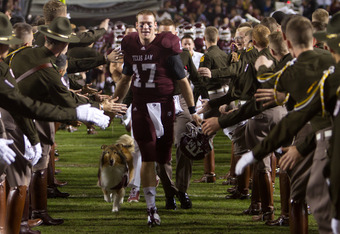 COLLEGE STATION, TX - NOVEMBER 24:  Ryan Tannehill #17 of the Texas A&M Aggies leads his team on to the field prior to a game against the Texas Longhorns  at Kyle Field on November 24, 2011 in College Station, Texas. (Photo by Darren Carroll/Getty Images)
