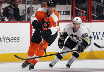 PHILADELPHIA, PA - FEBRUARY 18:  Jaromir Jagr #68 of the Philadelphia Flyers skates against the Pittsburgh Penguins at the Wells Fargo Center on February 18, 2012 in Philadelphia, Pennsylvania.  (Photo by Bruce Bennett/Getty Images)