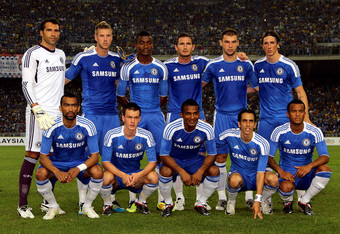 Benayoun, second from right, front row, in Chelsea colors.