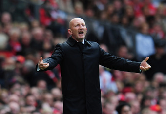 MANCHESTER, ENGLAND - MAY 22:  Ian Holloway manager of Blackpool gives instructions during the Barclays Premier League match between Manchester United and Blackpool at Old Trafford on May 22, 2011 in Manchester, England.  (Photo by Shaun Botterill/Getty I