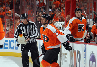 Flyers looking to sweep Pittsburgh