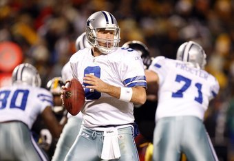 PITTSBURGH - DECEMBER 7:  Quarterback Tony Romo #9 of the Dallas Cowboys looks to pass the ball during their NFL game against the Pittsburgh Steelers on December 7, 2008 at Heinz Field in Pittsburgh, Pennsylvania. The Steelers defeated the Cowboys 20-13.