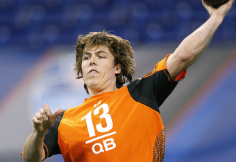 INDIANAPOLIS, IN - FEBRUARY 26: Quarterback Kellen Moore of Boise State throws a pass during the 2012 NFL Combine at Lucas Oil Stadium on February 26, 2012 in Indianapolis, Indiana. (Photo by Joe Robbins/Getty Images)