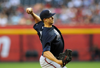 Mike Minor threw 8 strong innings in Arizona on Thursday to pick up his second win of the season.