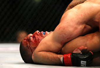 Rory MacDonald battered Che Mills Saturday night in an exciting UFC 145 welterweight clash.