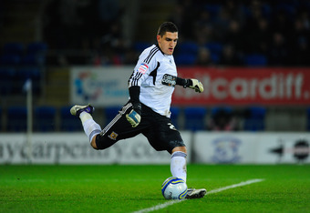 Mannone with Hull.