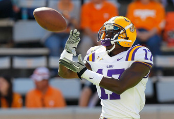 KNOXVILLE, TN - OCTOBER 15:  Morris Claiborne #17 of the LSU Tigers against the Tennessee Volunteers tat Neyland Stadium on October 15, 2011 in Knoxville, Tennessee.  (Photo by Kevin C. Cox/Getty Images)