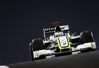 "Brawn, Williams and Toyota sparked the ""double diffuser"" controversy"