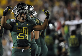 PASADENA, CA - JANUARY 02:  Running back LaMichael James #21 of the Oregon Ducks reacts in the fourth quarter while taking on the Wisconsin Badgers at the 98th Rose Bowl Game on January 2, 2012 in Pasadena, California.  (Photo by Harry How/Getty Images)