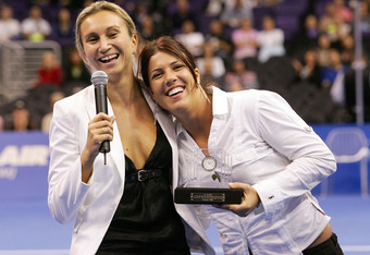 LOS ANGELES, CA - NOVEMBER 14:  Iva Majoli (L) and Jennifer Capriati pose together during Majoli's retirement ceremony during the semifinals of the WTA Tour Championships Tournament on November 14, 2004 at Staples Center in Los Angeles, California.  (Phot