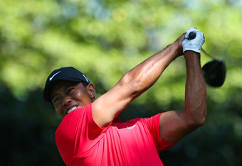 AUGUSTA, GA - APRIL 08:  Tiger Woods of the United States hits his tee shot on the second hole during the final round of the 2012 Masters Tournament at Augusta National Golf Club on April 8, 2012 in Augusta, Georgia.  (Photo by Andrew Redington/Getty Imag
