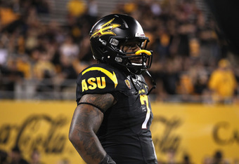 TEMPE, AZ - SEPTEMBER 09:  Linebacker Vontaze Burfict #7 of the Arizona State Sun Devils during the college football game against the Missouri Tigers at Sun Devil Stadium on September 9, 2011 in Tempe, Arizona. The Sun Devils defeated the Tigers 37-30 in