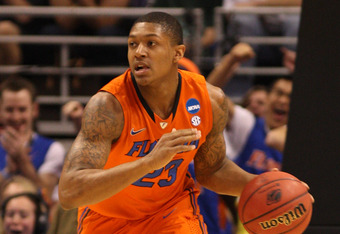 PHOENIX, AZ - MARCH 22:  Bradley Beal #23 of the Florida Gators moves the ball against the Marquette Golden Eagles during the 2012 NCAA Men's Basketball West Regional Semifinal game at US Airways Center on March 22, 2012 in Phoenix, Arizona.  (Photo by Ch