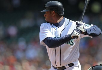 SEATTLE - APRIL 18:  Ken Griffey Jr. #24 of the Seattle Mariners bats against the Detroit Tigers at Safeco Field on April 18, 2010 in Seattle, Washington. (Photo by Otto Greule Jr/Getty Images)