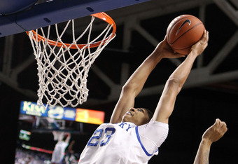 LEXINGTON, KY - DECEMBER 17:  Anthony Davis #23 of the Kentucky Wildcats dunks the ball during the game against the Chattanooga Mocs at Rupp Arena on December 17, 2011 in Lexington, Kentucky.  (Photo by Andy Lyons/Getty Images)