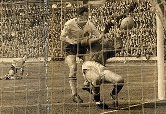 Bolton's Nat Lofthouse scores against Harry Gregg in the 1958 FA Cup final (telegraph.co.uk)