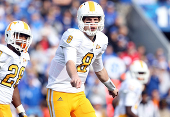 LEXINGTON, KY - NOVEMBER 26:  Tyler Bray #8 of the Tennessee Volunteers gives instructions to his team during the game against the Kentucky Wildcats  at Commonwealth Stadium on November 26, 2011 in Lexington, Kentucky.  (Photo by Andy Lyons/Getty Images)