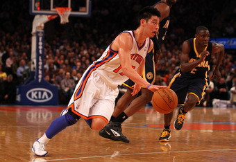 NEW YORK, NY - MARCH 16:  Jeremy Lin #17 of the New York Knicks dribbles the ball against the Indiana Pacers during their game at Madison Square Garden on March 16, 2012 in New York City.  (Photo by Al Bello/Getty Images)
