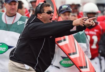 Hoke led Ball State to its first undefeated regular season in school history in 2008.