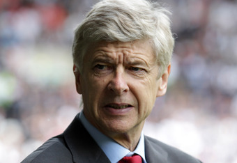 WEST BROMWICH, ENGLAND - MAY 13:  13:  Arsene Wenger, manager of Arsenal during the Barclays Premier League match between West Bromwich Albion and Arsenal at The Hawthorns on May 13, 2012 in West Bromwich, England.  (Photo by Ross Kinnaird/Getty Images)