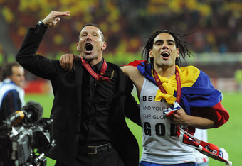 BUCHAREST, ROMANIA - MAY 09:  Radamel Falcao of Atletico Madrid celebrates with Coach Diego Simeone  at the end of the UEFA Europa League Final between Atletico Madrid and Athletic Bilbao at the National Arena on May 9, 2012 in Bucharest, Romania.  (Photo