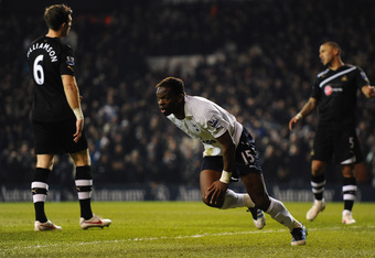 LONDON, ENGLAND - FEBRUARY 11:  Louis Saha of Spurs turns to celebrate after scoring their second goal during the Barclays Premier League match between Tottenham Hotspur and Newcastle United at White Hart Lane on February 11, 2012 in London, England.  (Ph