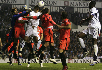 Tottenham Hotspur faced off against Sevilla in a memorable quarter-final contest in the 2006/07 UEFA Cup.