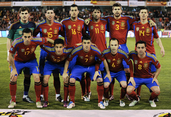 GRANADA, SPAIN - MARCH 25:  (L-R) Iker Casillas, Alvaro Arbeloa, Sergio Ramos, Jesus Navas, Sergio Busquets, David Villa, Joan Capdevila, Andres Iniesta, Gerard Pique, Xavi Hernandez, Sergio Ramos of Spain pose for a team picture before the UEFA EURO 2012