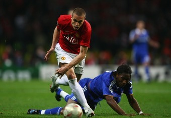 MOSCOW - MAY 21:  Nemanja Vidic of Manchester United and Didier Drogba of Chelsea tussle for the ball during the UEFA Champions League Final match between Manchester United and Chelsea at the Luzhniki Stadium on May 21, 2008 in Moscow, Russia.  (Photo by