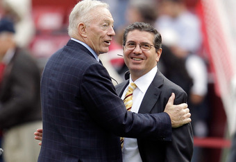 LANDOVER, MD - NOVEMBER 20:  Dallas Cowboys owner Jerry Jones (L) talks with Washington Redskins owner Daniel Snyder (R) before the start of Redskins and Cowboys game at FedExField on November 20, 2011 in Landover, Maryland.  (Photo by Rob Carr/Getty Imag