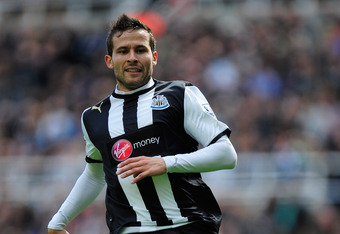 NEWCASTLE UPON TYNE, ENGLAND - APRIL 21:  Newcastle player Yohan Cabaye in action during the Barclays premier league match between Newcastle United and Stoke City at Sports Direct Arena on April 21, 2012 in Newcastle upon Tyne, England.  (Photo by Stu For
