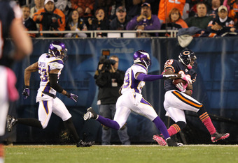 CHICAGO, IL - OCTOBER 16:  Devin Hester #23 of the Chicago Bears scores a touchdown against the Minnesota Vikings at Soldier Field on October 16, 2011 in Chicago, Illinois.  (Photo by Jamie Squire/Getty Images)