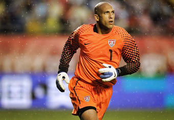 MIAMI GARDENS, FL - OCTOBER 08:  Goalie Tim Howard #1 of the USA defends the goal against Honduras at Sun Life Stadium on October 8, 2011 in Miami Gardens, Florida.  (Photo by Marc Serota/Getty Images)