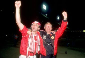 Bryan Robson and Sir Alex Ferguson celebrate the 1990 FA Cup.