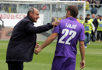 FLORENCE, ITALY - APRIL 22: Fiorentina head coach Delio Rossi shouts instructions to his player Adem Ljajic before the Serie A match between ACF Fiorentina and FC Internazionale Milano at Stadio Artemio Franchi on April 22, 2012 in Florence, Italy.  (Phot
