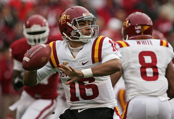 Cyclone quarterback Jared Barnett
