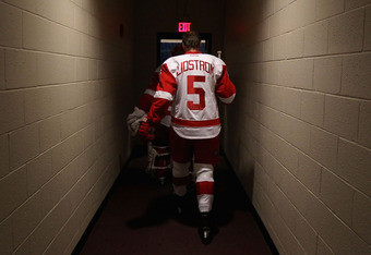 GLENDALE, AZ - JANUARY 19:  Nicklas Lidstrom #5 of the Detroit Red Wings walks back to the locker room before the NHL game against the Phoenix Coyotes at Jobing.com Arena on January 19, 2011 in Glendale, Arizona. The Red Wings defeated the Coyotes 3-2 in