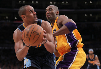 LOS ANGELES, CA - MAY 08:  Arron Afflalo #6 of the Denver Nuggets looks to shoot on Kobe Bryant #24 of the Los Angeles Lakers in the fourth quarter in Game Five of the Western Conference Quarterfinals in the 2012 NBA Playoffs on May 8, 2012 at Staples Cen