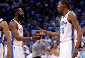 James Harden and Kevin Durant wrong color?