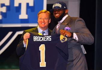 Michael Brockers with Roger Goodell (via Al Becco/Getty Images)