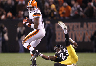 CLEVELAND, OH - JANUARY 01: Wide receiver Joshua Cribbs #16 of the Cleveland Browns runs by cornerback Keenan Lewis #23 of the Pittsburgh Steelers at Cleveland Browns Stadium on January 1, 2012 in Cleveland, Ohio. (Photo by Matt Sullivan/Getty Images)