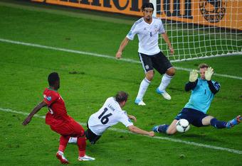 Neuer makes an impressive stop