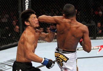 Yuri Alcantara lands a great spinning elbow against Michihiro Omigawa (Photo Courtesy of Zuffa LLC/Getty Images)