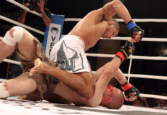 Hacran Dias demonstrates his ground dominance (Photo via Sherdog.com)