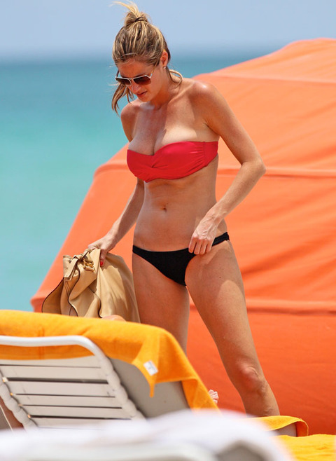 Erin-andrews-bikini-miami-06-480w_original