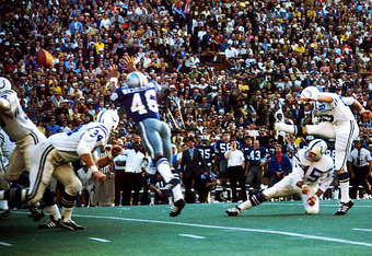 Jim O'Brien kicks the game-winning field goal in Super Bowl V