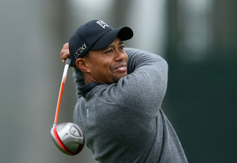 SAN FRANCISCO, CA - JUNE 13:  Tiger Woods of the United States hits a tee shot during a practice round prior to the start of the 112th U.S. Open at The Olympic Club on June 13, 2012 in San Francisco, California.  (Photo by Ezra Shaw/Getty Images)