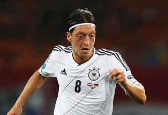 Kagawa will play a similar style of football to Ozil at Old Trafford
